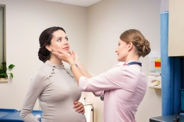 5 Signs of Thyroid Disorder